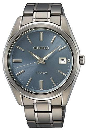 Seiko Herren Analog Quarz Uhr mit Metall Armband SUR371P1