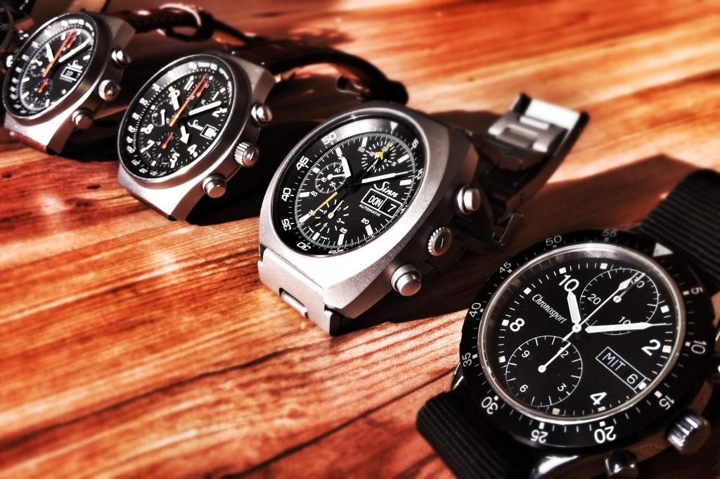 Eine Reihe Sinn-Uhren - (v.r.) Chronosport 20.50.04, Sinn 142, 144 GMT, 144