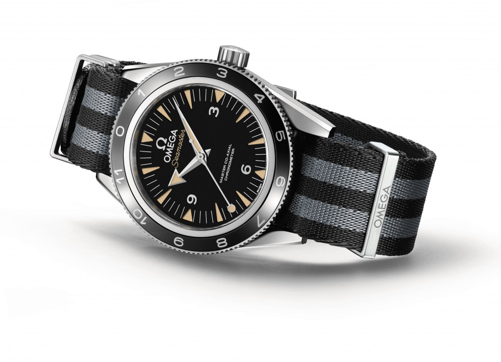 The_OMEGA_Seamaster_300_Bond_233.32.41.21.01.001_white_background_2