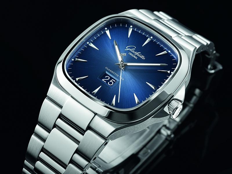 Uhren bis 10.000 Euro - Glashütte Seventies Panoramadatum (Preis: 8.500 Euro)