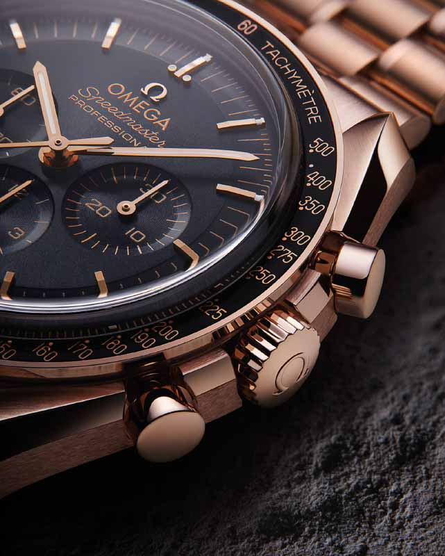 OMEGA Moonwatch 2021 - Co-Axial Master Chronometer Gold
