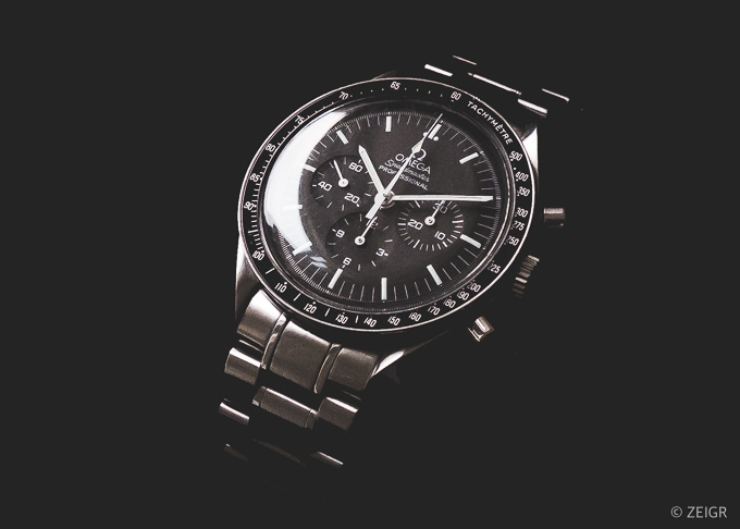 Omega Speedmaster Professional - Close up