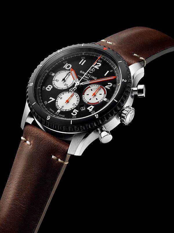 Neue Uhren 2019: Breitling Aviator 8 Mosquito