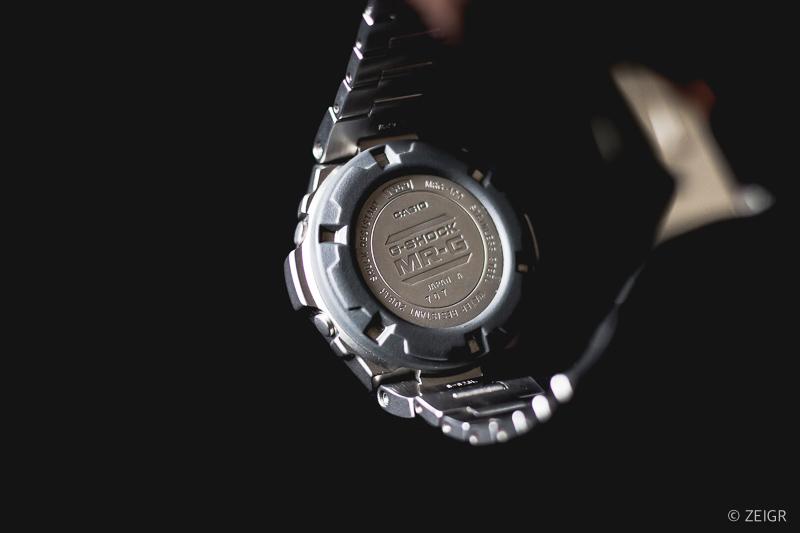 Casio G-Shock MR-G Edelstahl Rückseite/Boden
