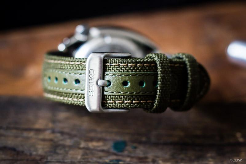SRPG13K1 Grünes Textil Canvas Band Dorn-Schließe
